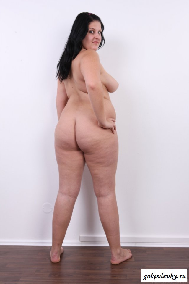 pussy-porn-chubby-naked-women-standing